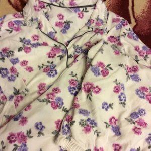 Sleepwear size xl